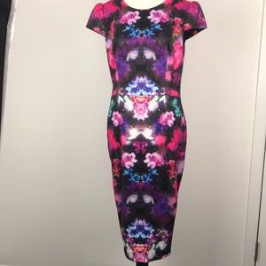 NWOT, Betsy Johnson floral bold print dress